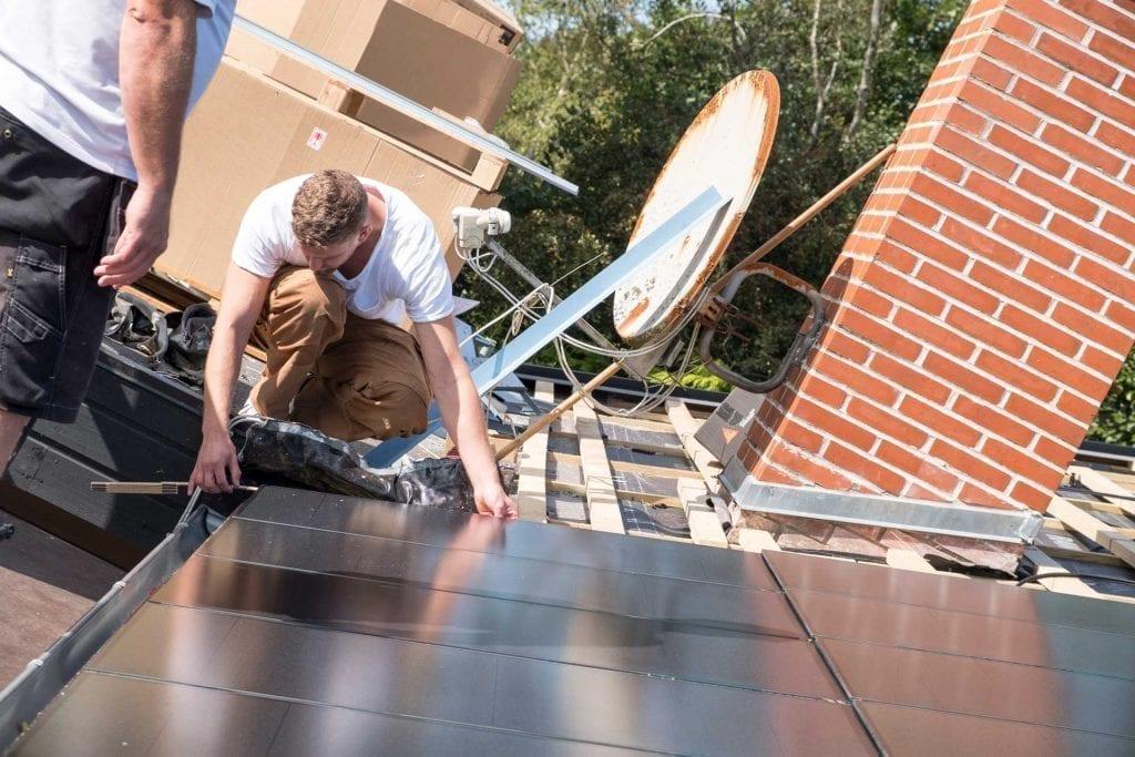 opmåling af tag til solcelle